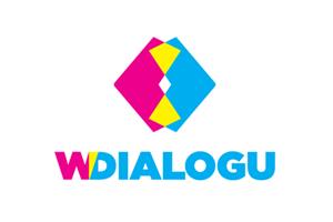 w Dialogu